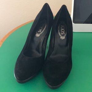 Tods Black Suede Stiletto Heeled Pumps. Sz 9.5